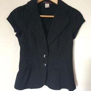 Cap sleeve jacket in black
